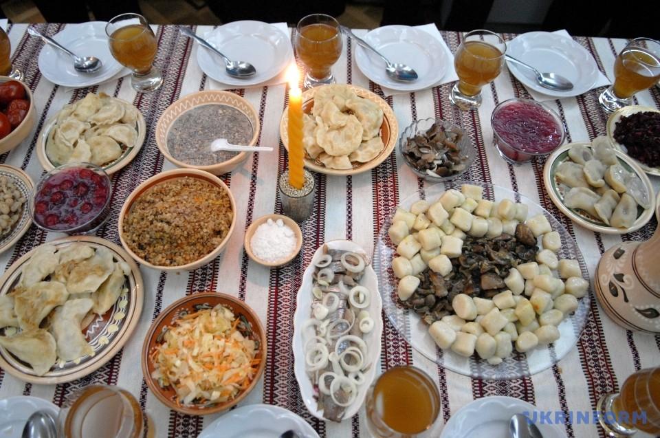 12 традиционных блюд на Рождество